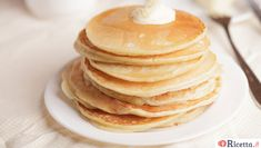 Winter Eggnog Pancakes for Christmas Brunch Spelt Pancakes, Dairy Free Pancakes, Pancakes Usa, Buttermilk Pancakes, Protein Pancakes, Banana Pancakes, Dog Recipes, Low Carb Recipes, Cooking Recipes