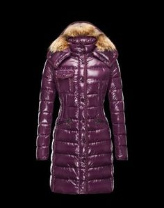MONCLER HERMIFUR  Ce manteau doudoune Moncler est indispensable en hiver. Techno fabric / Turtleneck / Three pockets / Snap-buttons, zip / Drawstring waist / Feather down inner / Stitching / Logo / Fur applicationsComposition:100% Polyamid  €355, Jusqu'à -81%  Acheter maintenant: http://www.monclerfr.com/doudoune-moncler-pas-cher-femme.html