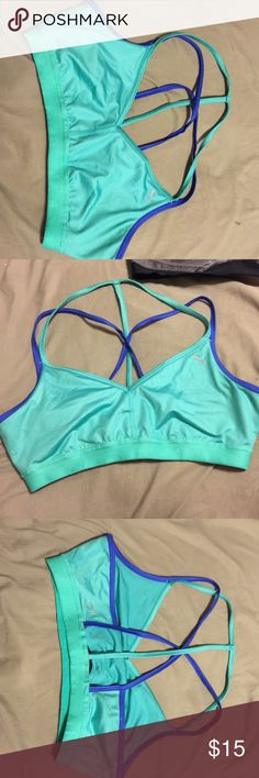 Puma yogini sports bra L If you fit a medium in sports bra this will fit you perfectly Puma Other