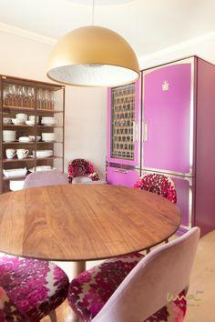 #pinkinterior #pinkinteriordesign #pinkinteriors #pinkdiningroom #purpleinterior #flowerpattern #pinkfridge Interior Design Studio, Luxury Living, Vanity, Mirror, Elegant, Furniture, Home Decor, Indirect Lighting, Remodels