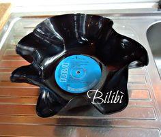 Bilibì: Portavaso e portaoggetti con dei vecchi dischi