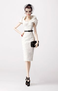 fashion doll, white dress, Purity Dasha from the Collection ~ 2013 W Club Exclusive Fashion Royalty Dolls, Fashion Dolls, Girl Fashion, Barbie Dress, Barbie Clothes, Doll Dresses, Poppy Parker, Glamour, Barbie Collection