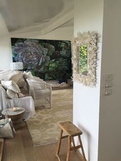 Paintings in Situ - marcella kaspar Eclectic Style, Eclectic Decor, Peony Painting, Courtyard House, Shell Art, Large Flowers, Creative Studio, Botanical Art, Coastal Living