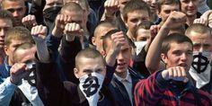 Lupenreine Demokraten: Rechter Sektor schändet Gedenkstätte für freien Journalisten in Kiew - http://www.statusquo-news.de/lupenreine-demokraten-rechter-sektor-schaendet-gedenkstaette-fuer-freien-journalisten-in-kiew/