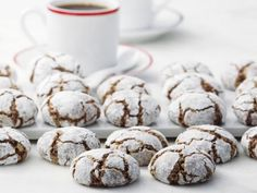 Schoko-Brötchen Eat Smarter, Egg Whites, Kakao, Christmas Cookies, Muffin, Breakfast, Desserts, Food, Macaroons
