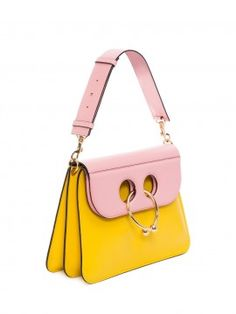 402b062f9de2 YELLOW BUBBLEGUM MEDIUM PIERCE BAG Xavier Dolan, Sacs À Main Élégants, Cuir  De