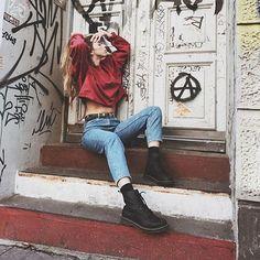 Feel rebellious Grunge Teen, Grunge Tumblr, Grunge Girl, Gemini Rising, Partners In Crime, Tumblr Girls, Grunge Fashion, Aesthetic Girl, Rebel