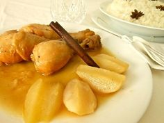 Pollo con peras con guarnición de arroz anisado