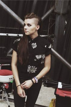 Lynn Gunn - PVRIS - backstage at Warped Tour Mountain View, CA //