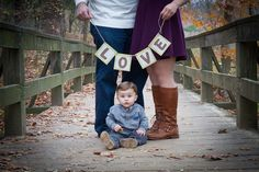 Family of 3 fall picture idea