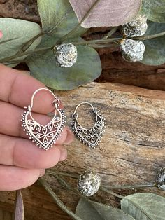 Order these Gorgeous Delicate Filigree Silver Plated Brass Earrings for Valentines Day! (2cms x 2.5cms) 💕Nickel Free💕Only $25.00 💕 Worldwide Shipping and Gift Wrapping FREE💕 Etsy.com/au/shop/MissBohoRose 🌟    @miss_boho_rose @field_of_vision_photography #valentines_day #giftsforher #boholuxemarket #shireen_hammond #bohoearrings #mandalaearrings #gypsyearrings #luxeearrings Silver Filigree, Silver Plate, Vision Photography, Tribal Earrings, Gifts For Her, Valentines Day, Crochet Earrings, Mandala, Delicate