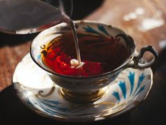 Image about vintage in food by Ceri on We Heart It Glace Fruit, Cuppa Tea, Aesthetic Food, 1920s Aesthetic, Tea Recipes, High Tea, Afternoon Tea, Tea Set, Tea Time