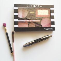 Z Palette, Sephora, Lipstick, Beauty, Lipsticks, Beauty Illustration