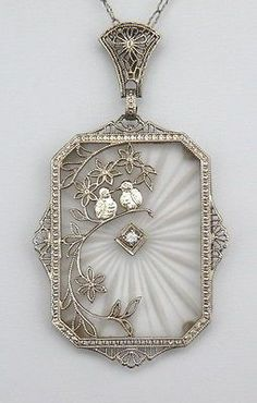 ART-DECO-14K-WHITE-GOLD-DIAMOND-CAMPHOR-GLASS-LOVE-BIRDS-PENDANT-NECKLACE