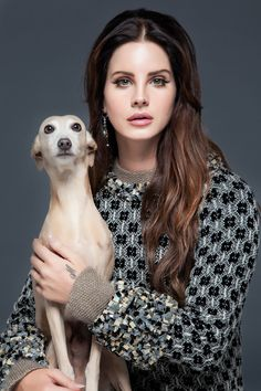 Lana Del Rey for Nylon Español Magazine Elizabeth Woolridge Grant, Elizabeth Grant, Queen Elizabeth, Lana Del Rey Pictures, Pretty People, Beautiful People, Female Singers, American Singers, Lanai