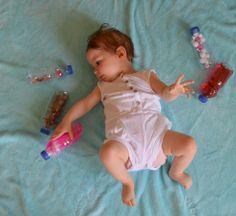 Jouets : bouteilles sensorielles