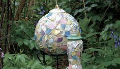 Making Mosaic Garden Art - Fine Gardening Article