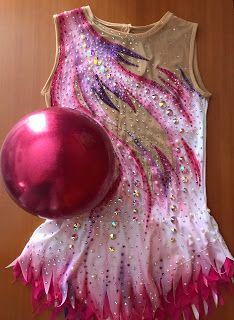 Gymnastics Leos, Gymnastics Workout, Rhythmic Gymnastics Leotards, Ice Skating Dresses, Aerobics, Dance Costumes, Ballet, Poses, Design