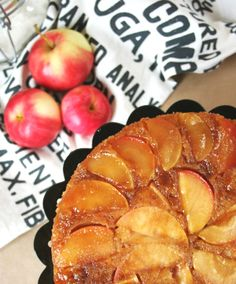 APPLE CARAMEL UPSIDE DOWN CAKE
