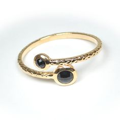 Single gold bracelet with black rhinestone $10