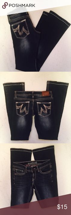"""Maurice's jeans Maurice's jeans. Size 0R. Excellent condition. Waist laying flat 13"""". Rise 6"""". Inseam 30"""". Maurices Jeans"""