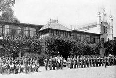 Las antiguas instalaciones del Colegio Franco Español, que estuvieron en lo que fue la Hacienda de Guadalupe, en 1944. Este inmueble se encontraba en la avenida Insurgentes Sur entre Fernando M. Villalpando y Río San Ángel; anteriormente había albergado al Automóvil Club, y hoy en su lugar se encuentra el centro comercial Plaza Inn