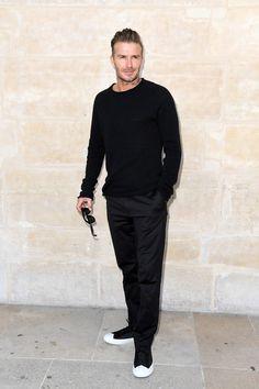 Quer estilo e conforto, faça como Beckham: vá de preto da cabeça aos pés