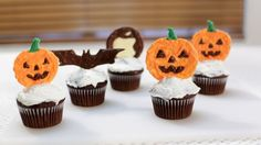 Picture of Halloween Pumpkin Chocolate Cupcake Toppers