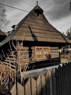 Slovakia, Podbiel-Orava                              foto Lucia Hámorská Eurasian Steppe, European Countries, Eastern Europe, Czech Republic, Hungary, Poland, Castle, Explore, House Styles