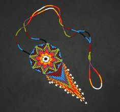 Collar Huichol Tribal Necklace, Beaded Necklace, Necklaces, Beading Techniques, Beach Accessories, Native American Fashion, Bead Art, Seed Beads, Jewelry Sets