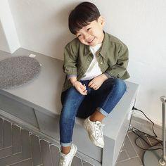 Instagram media by jhanuul - 싱그럽다  #fashion #boy #kid
