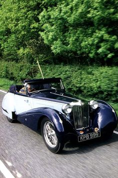 1936 MG TA Drophead Coupe. What a beautiful automobile. Retro Cars, Vintage Cars, Antique Cars, American Graffiti, Cadillac, Automobile, Mg Cars, Cabriolet, Harrison Ford