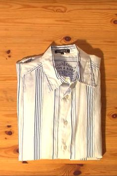 Watch This Man Fold a Shirt in Under 2 Seconds