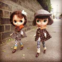 """We're a couple of dandies!"" #kennerblythe  #missblythe2012  #dandies #vintagedoll  #steppingout #street  #kawaii  #ootd"