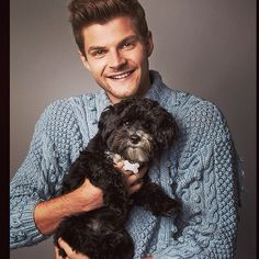 Jim chapman Jim Chapman, Funny Animals, Cute Animals, Joe Sugg, Zoella, Cute Dogs And Puppies, Best Youtubers, One Pic, Instagram Posts