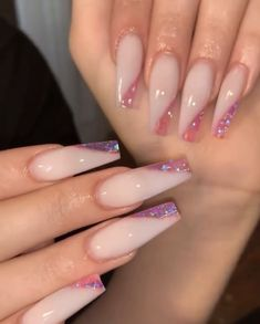 What you need to know about acrylic nails - My Nails Summer Acrylic Nails, Best Acrylic Nails, Summer Nails, Baby Pink Nails Acrylic, Sparkle Acrylic Nails, Glitter, Holographic Nails, Gold Nails, Winter Nails