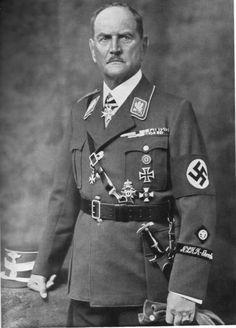 Reichsleiter der NSDAP und Reichsstatthalter von Bavaria, SA Obergruppenführer Franz Ritter von Epp