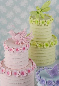 Beautiful pastel shades, for very pretty cakes.