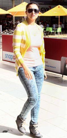 Parineeti Chopra spotted at Mumbai airport. #Bollywood #Fashion #Style #Beauty