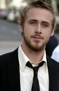 Ryan Gosling sexy even with the facial hair ( and i hate facial hair)