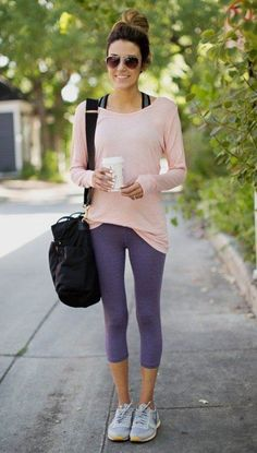 Hello fashion: 4 colorful workout looks dresscode, yoga outfits, cute worko Cute Sporty Outfits, Cute Workout Outfits, Womens Workout Outfits, Sport Outfits, Casual Outfits, Sport Style, Sport Chic, Workout Gear, Workout Attire