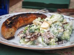 Broccoli Salad - Recipe for easy salad with broccoli and bacon- Broccolisalat – Opskrift på nem salat med broccoli og bacon Broccoli Salad – Recipe for easy salad with broccoli and … - Easy Salads, Easy Meals, Easy Salmon Recipes, Shellfish Recipes, Danish Food, Broccoli Salad, Bacon, Food Inspiration, Salad Recipes