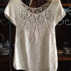Lucky Brand Live in Love Sweater Details: This lovely is 58% Linen, 38% Acrylic, 9% Nylon Size XS Barely worn (hand washed a couple times, so in excellent care) Retail $69 Lucky Brand Sweaters Crew & Scoop Necks