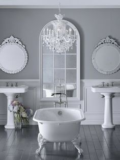 rose cottage bathroom with clawfoot tub