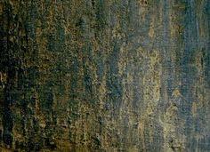 superficie con lavorazione malte a rilievo e patinatura oro