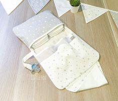 Pochette à langer étoiles grèges   Etsy Chevron Orange, Greige, Star Cushion, Nursery Room, Custom Pillows, Creative, Etsy Seller, Trending Outfits, Handmade Gifts