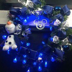 #christmas #deco #lights #house #design #disney #frozen #olaf #corona