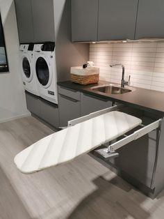 Bathroom Inspiration, Laundry Room, Washing Machine, Basement, House Ideas, Home Appliances, Architecture, House Appliances, Root Cellar