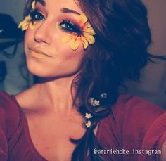 Omg i love this sunflower makeup!! I am going to attempt this and i come out like a sunflower and not a dandelion!
