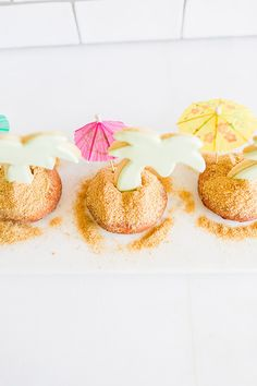 the cutest palm tree beachy donuts for summer
